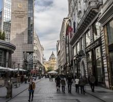 Fashion Street - Deák Ferenc tér felé
